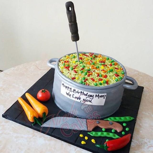 Cake by Nireda Cakes