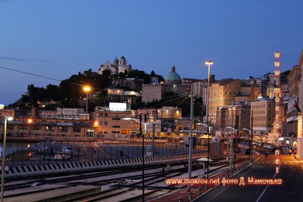 Анкона — город-порт в Италии  активный отдых с фотокамерой