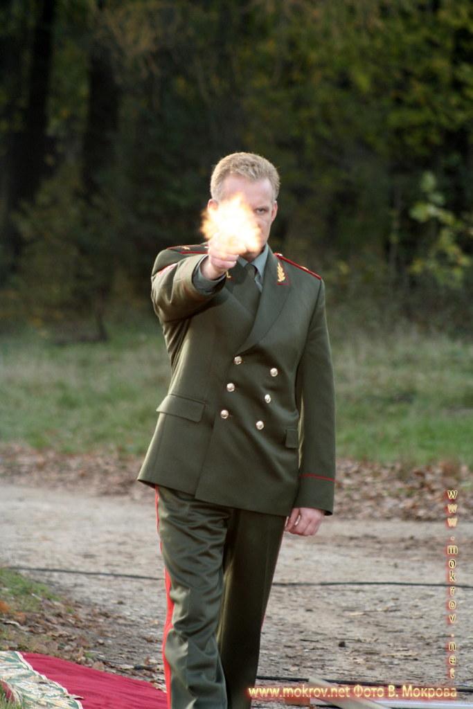 На съемках телевизионного фильма «Выйти замуж за генерала» и фотография