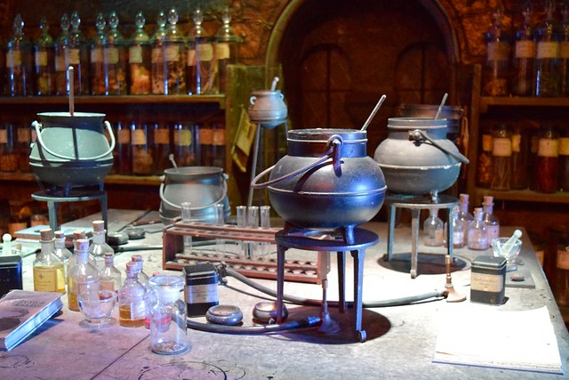 Potions Classroom at the Harry Potter Studio Tour, London | #harrypotter www.rachelphipps.com @rachelphipps
