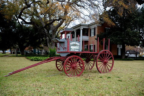 wagon grocery history waco