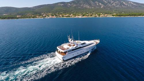 Bora Bora luxury yacht