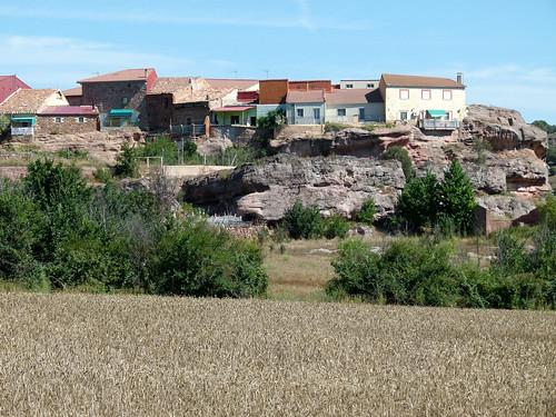 ALCOLEA DE LAS PEÑAS (Guadalajara). Spain. 2014. Pueblo sobre peñas.
