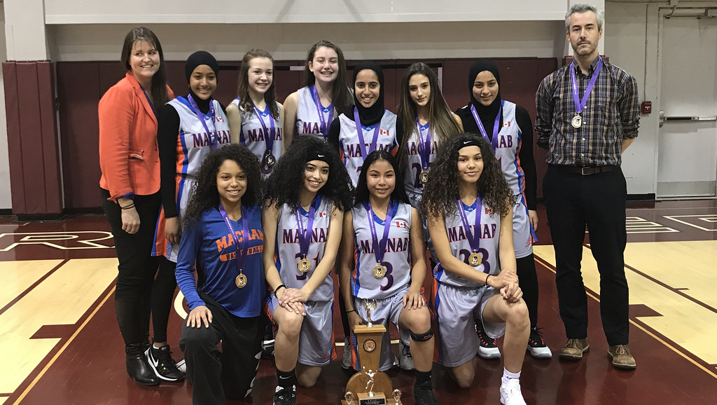 2017-18 Junior Girls Champions: Sir Allan MacNab Lions