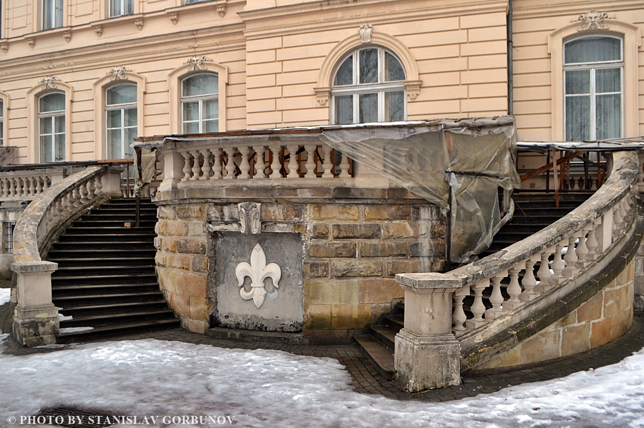 Похож ли Львов на Париж? Прогулка по маршруту съёмок культового кино lvov06