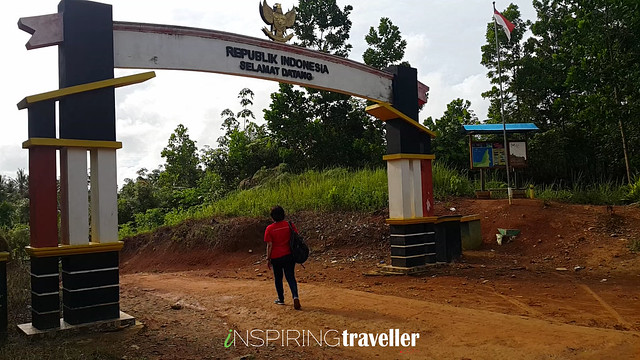 Batas Negara Indonesia - Malaysia di Desa Temajuk, Kalimantan Barat