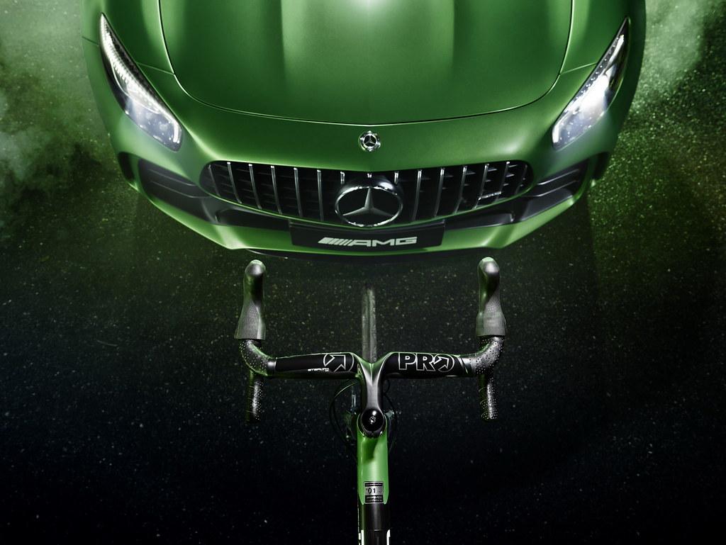 mercedes-amg-gt-r-inspired-rotwild-racing-bike-6