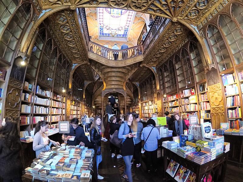 Visitar la mágica librería Lello