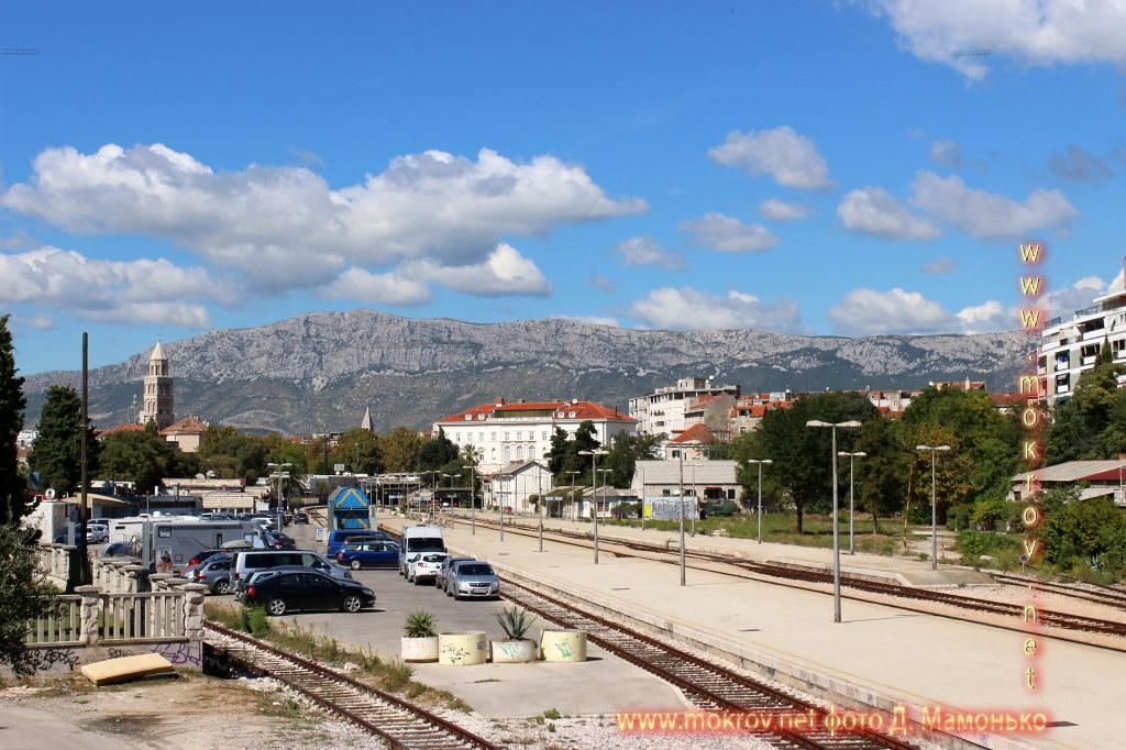 Сплит — город в Хорватии прогулки туристов