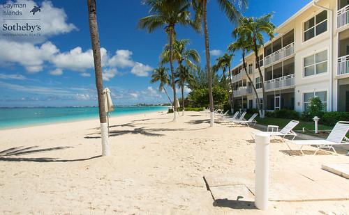 Cayman Club, Seven MIle Beach