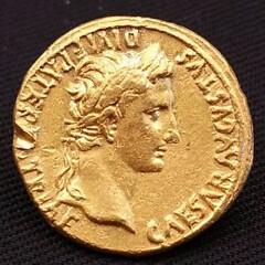 Augustus gold coin obverse
