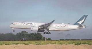 First A350 landing in Christchurch