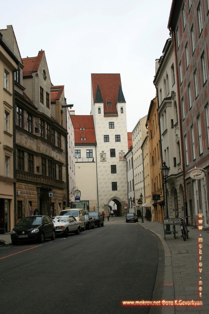 Мюнхен — город на реке Изар на юге Германии пейзажи