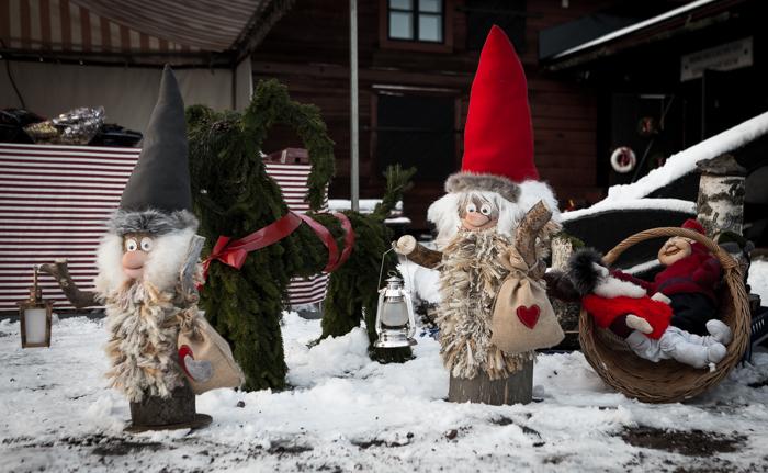 Loviisan joulu Laivasillan joulumarkkinat 2017 tonttu puu käsityöläinen käsityö