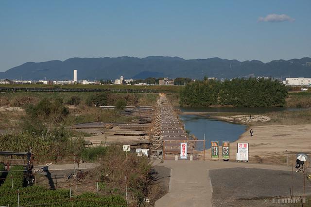 "broken Nagare-bashi (Koduya Bridge) - 流された""流れ橋"" (17)"