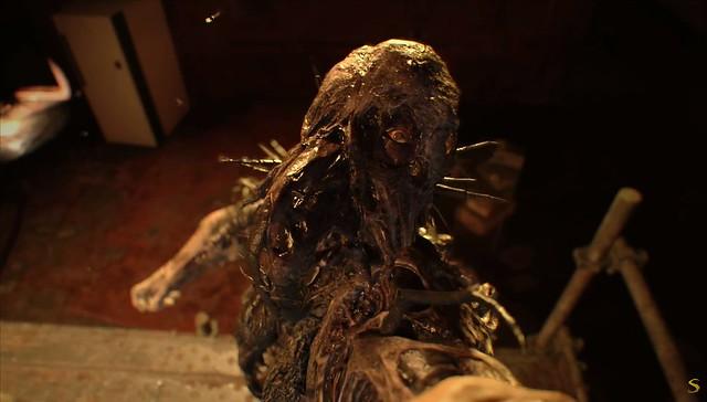 주민 이블 7 조의 끝 - Maggot Monster Reprized