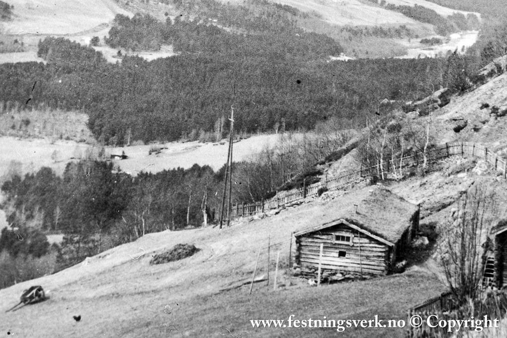 Gråberg sør for Dombås stasjon (2660)