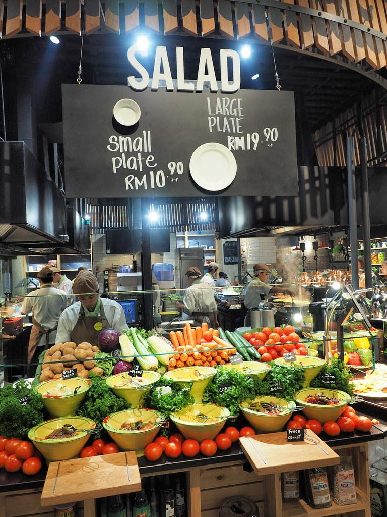 Salad at Marché Mövenpick Pavilion