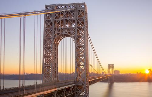 sunrise urban usa nyc newyorkcity newyork ny dawn river travel historic bigapple architecture longexposure morning