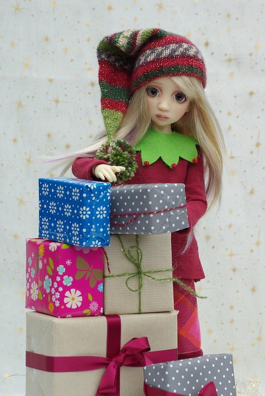 Mon lutin de Noël (Maddison de Liz Frost)  38883370792_0ab3d48f23_c