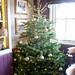 herts - christmas tree in chequers stevenage 09-12-17 JL