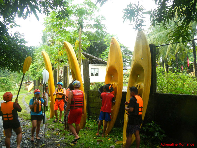 Whitewater kayaking briefing