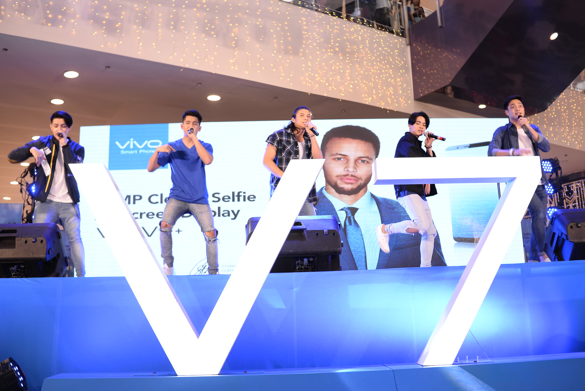Tech News: Vivo V7 in Bacolod City with Boyband PH
