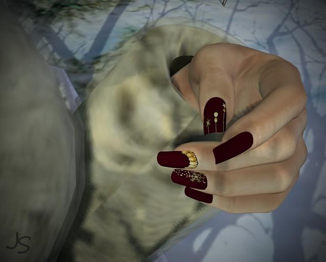 Glam XMas Matte Nails