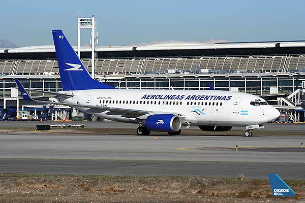 Aerolíneas Argentinas B737-500 SCL (RD)