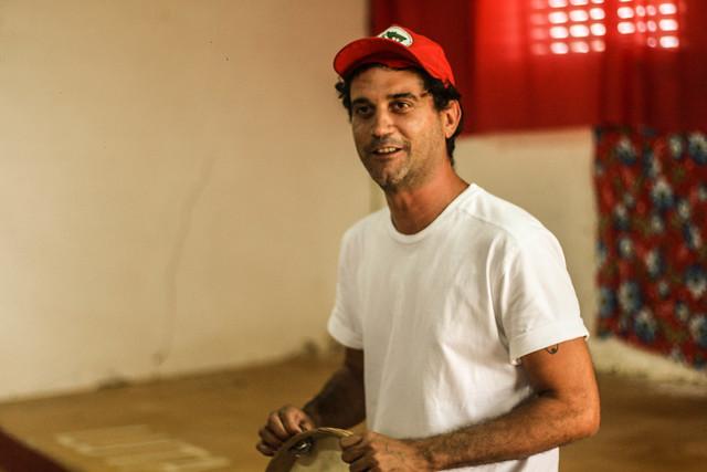 Em carreira solo desde 2010, o artista segue com sua arte, poesia e música aliada à militância política. - Créditos: Levante Popular da Juventude - RN