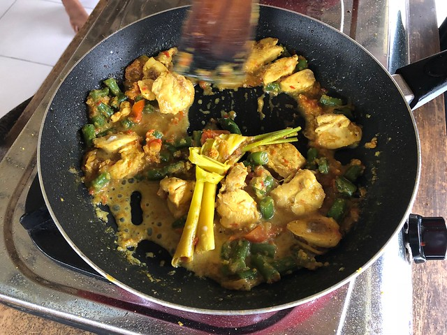 月, 2017-11-13 03:25 - Ketut's Bali Cooking Class