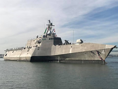 USS Coronado (LCS 4) transits San Diego Bay while returning home, Dec. 5. (U.S. Navy)
