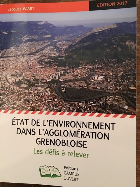 Livre sur Grenoble 12 12 2017