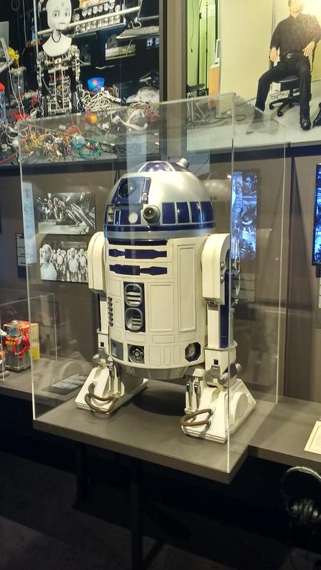 """Museo de Diseño """"hello, robot"""" y el design musem gent - 24442834718 b24af1cddb c - """"Hello, Robot"""" y el Design Musem Gent"""