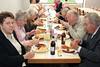 Tischreihe der Billeder Senioren