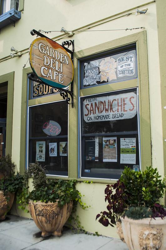 Garden deli cafe, Half moon bay