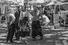 flirt - youth behavior - Photo of Saint-Chinian
