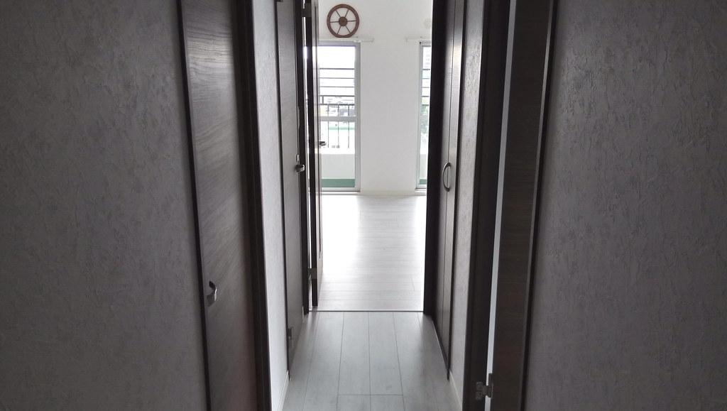 2017年07月19日玄関から通路、ダイニングルームの入り口