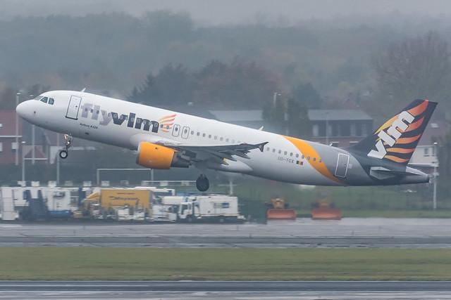 FlyVLM / A320 / OO-TCX / EBBR 25R