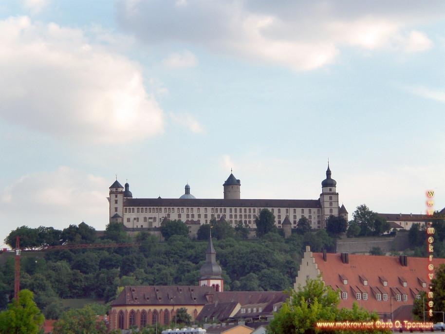 Крепость Мариенберг. В 706 году на холме Мариенберг.