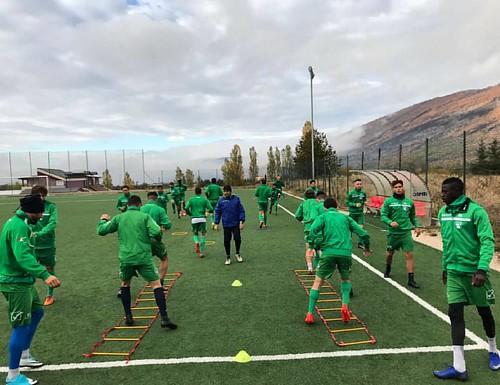 Verso il #derby #AVEZZANO-#LAQUILA di domenica 5 novembre Biancoverdi al lavoro sul sintetico di Chiaravalle a #Collelongo #serieD #calcio #AvezzanoCalcio #avezzanocalcio1919💚⚽️ #Marsica #Abruzzo