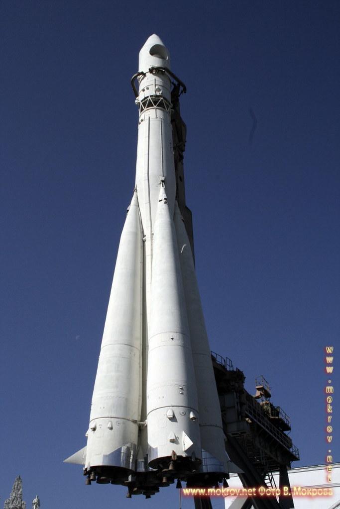 Ракета Р-7 на ВДНХ