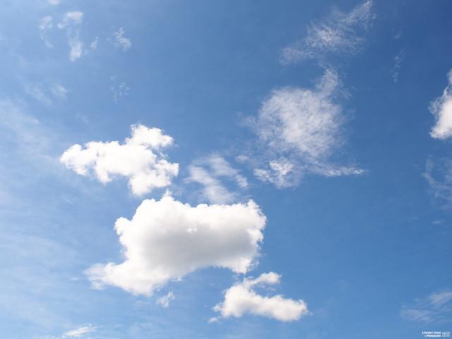 白雲 藍天