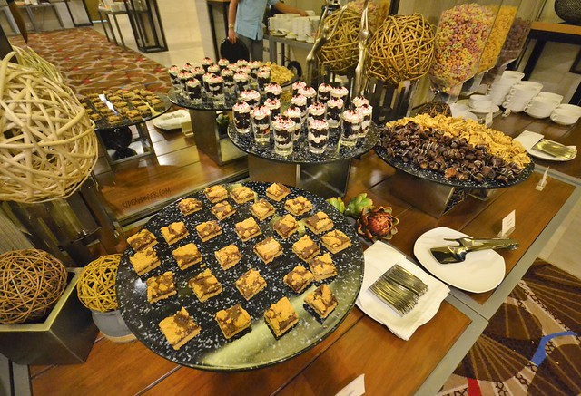 savoy hotel boracay buffet breakfast dessert