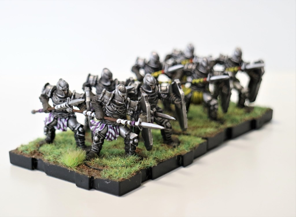 Runewars Miniatures Daqan Spearmen Side