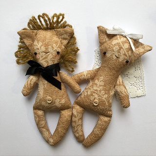 Teeny tiny rag-lions