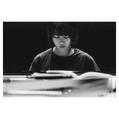 @yujawang.official , Munich XPro2 . #xpro2 #fujixpro2 #fujifeed #fujifilm #fujilove #myfujilove #fujifilm_xseries #fujifilmusa #fujifilmnordic #fujifilmme #fujifilm_uk #twitter #piano #steinway #pianist #yujawang #concerto #geoffroyschied #music #behindth