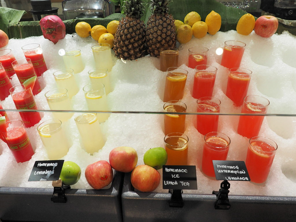 Fruit juices at Marché Mövenpick Pavilion