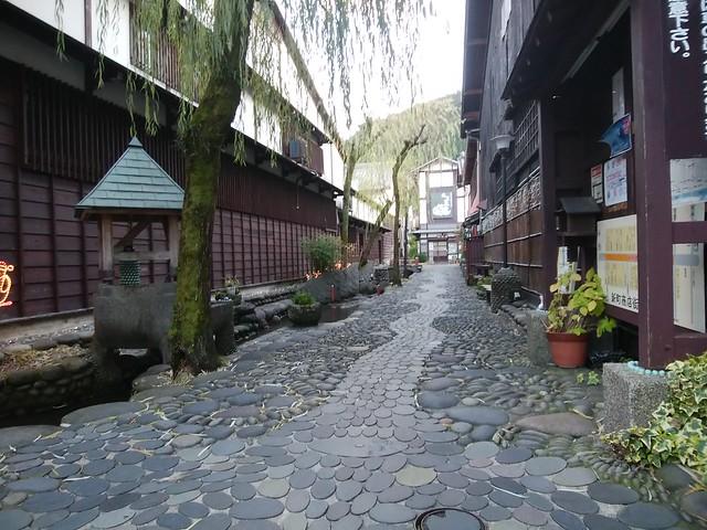 gifu-gujo-old-town-district-01
