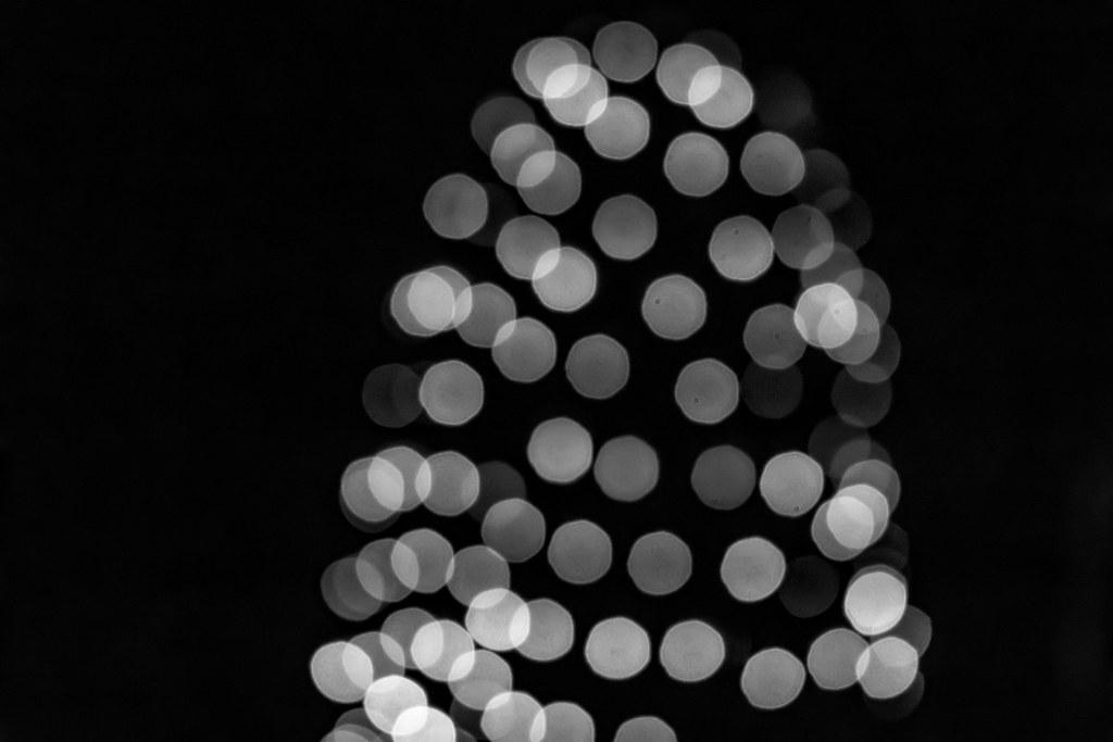 Lumix Weihnachtsbeleuchtung.Weihnachtsbeleuchtung Völlig Unscharf Und In Schwarzweiß Lumix